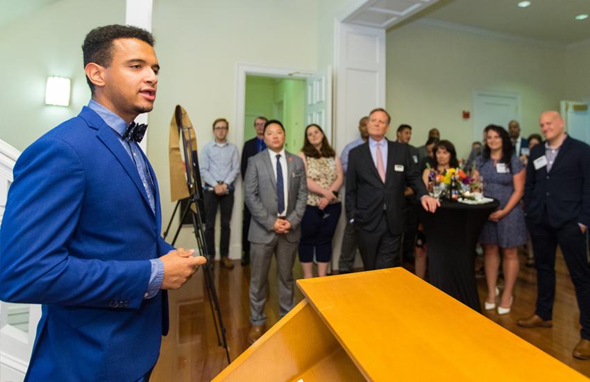 Raul giving a speech at VET reception.
