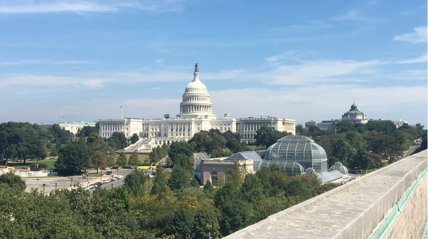 Top 5 Reasons A Journalism Major Should Intern in D.C.