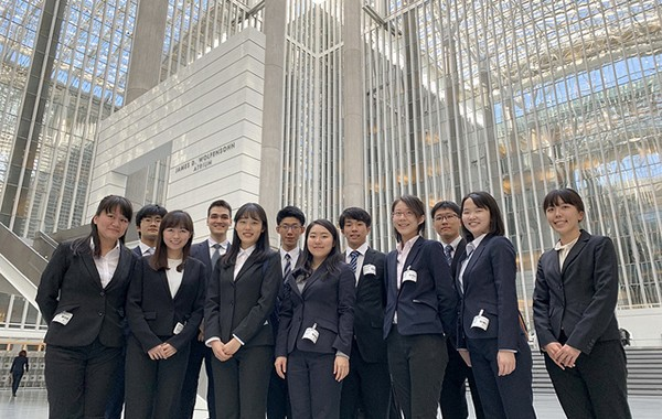 Building the TOMODACHI Generation Morgan Stanley Ambassadors Program Students visit the World Bank