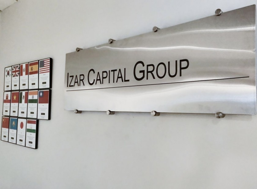 Izar Capital Group is a small, boutique private market merchant bank