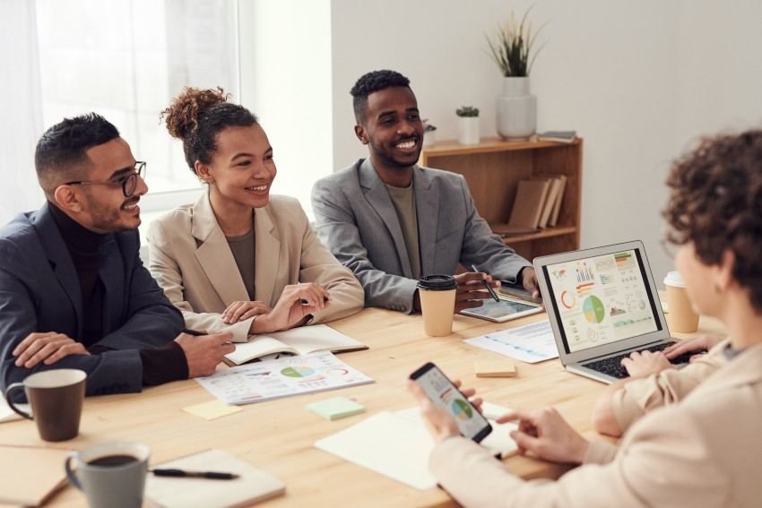 How interns can make connections at the office